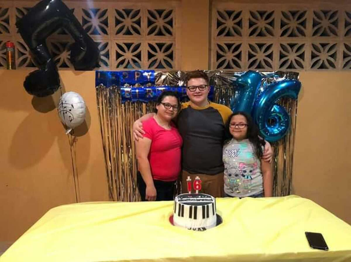 Gladys Cristina Perez Sanchez, 39, John Carlos Gonzalez, 16, and Michelle Cristina Duran, 9, went missing in the Mexican state of Nuevo Leon on June 13. Mexican authorities and the FBI are asking the community for information on their whereabouts.