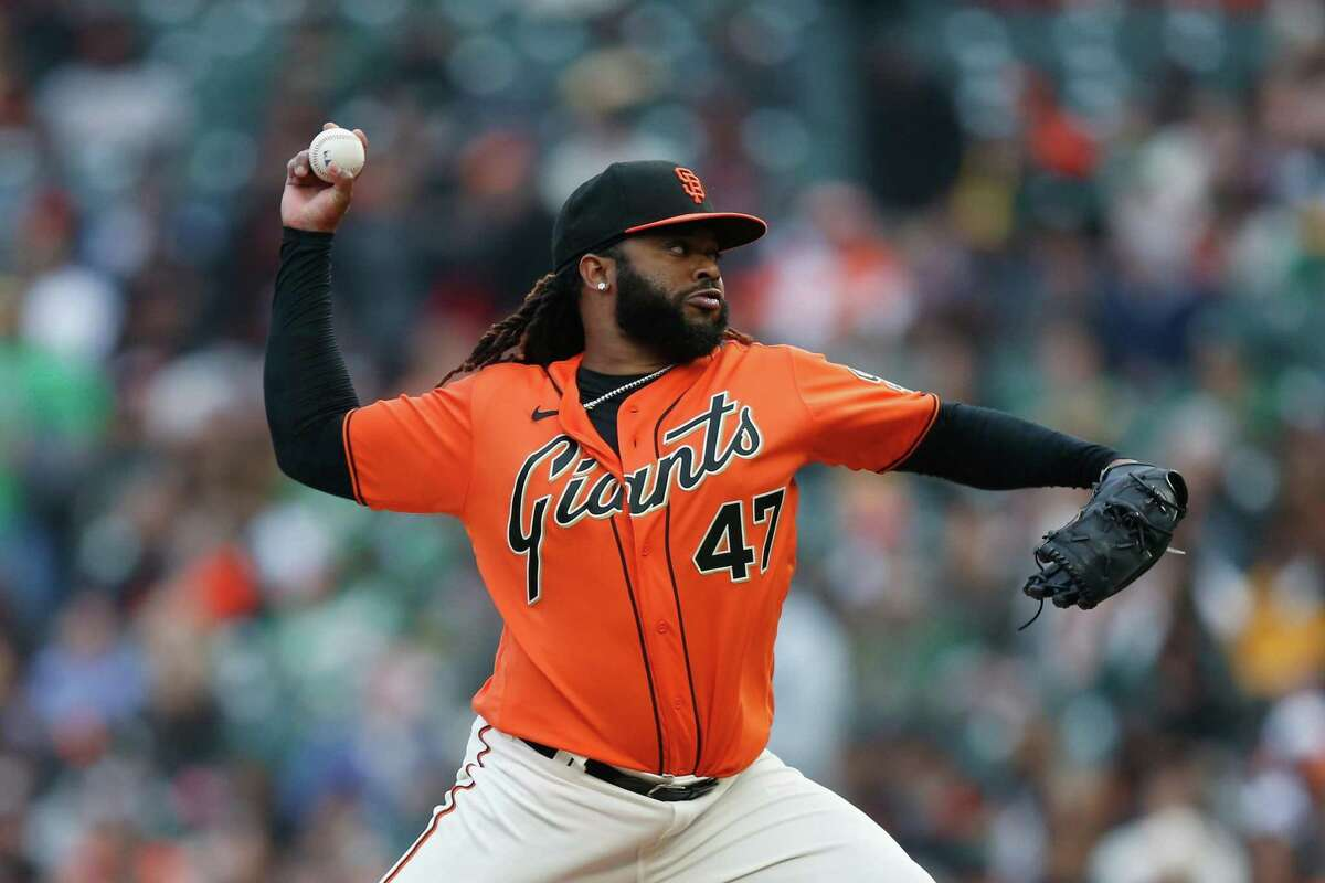 SAN FRANCISCO, CALIFORNIA - JUNE 25: Johnny Cueto #47 of the San Francisco Giants pitches in the top of the first inning against the Oakland Athletics at Oracle Park on June 25, 2021 in San Francisco, California. (Photo by Lachlan Cunningham/Getty Images)