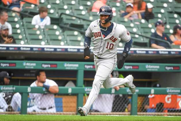 DETROIT, MICHIGAN - JUNE 26: Yuli Gurriel #10 of the Houston Astros scores against the Detroit Tigers during the top of the third inning during game one of a doubleheader at Comerica Park on June 26, 2021 in Detroit, Michigan. Photo: Nic Antaya, Getty Images / 2021 Getty Images