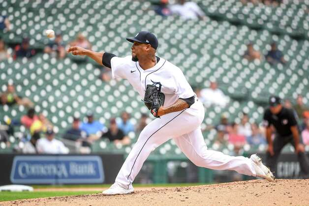 DETROIT, MICHIGAN - JUNE 26: Jose Cisnero #67 of the Detroit Tigers delivers a pitch against the Houston Astros during the top of the seventh inning in game one of a doubleheader at Comerica Park on June 26, 2021 in Detroit, Michigan. Photo: Nic Antaya, Getty Images / 2021 Getty Images