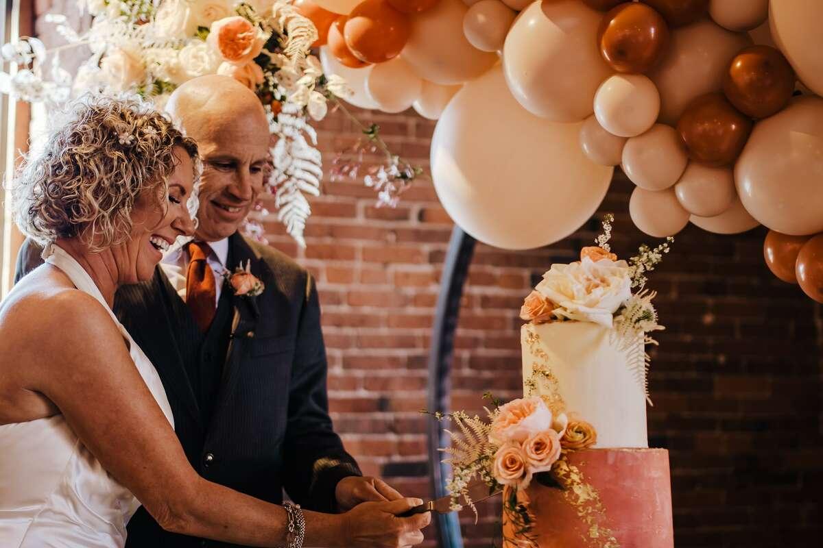 Lisa and Peter Marshall on their wedding day on April 26, 2021.