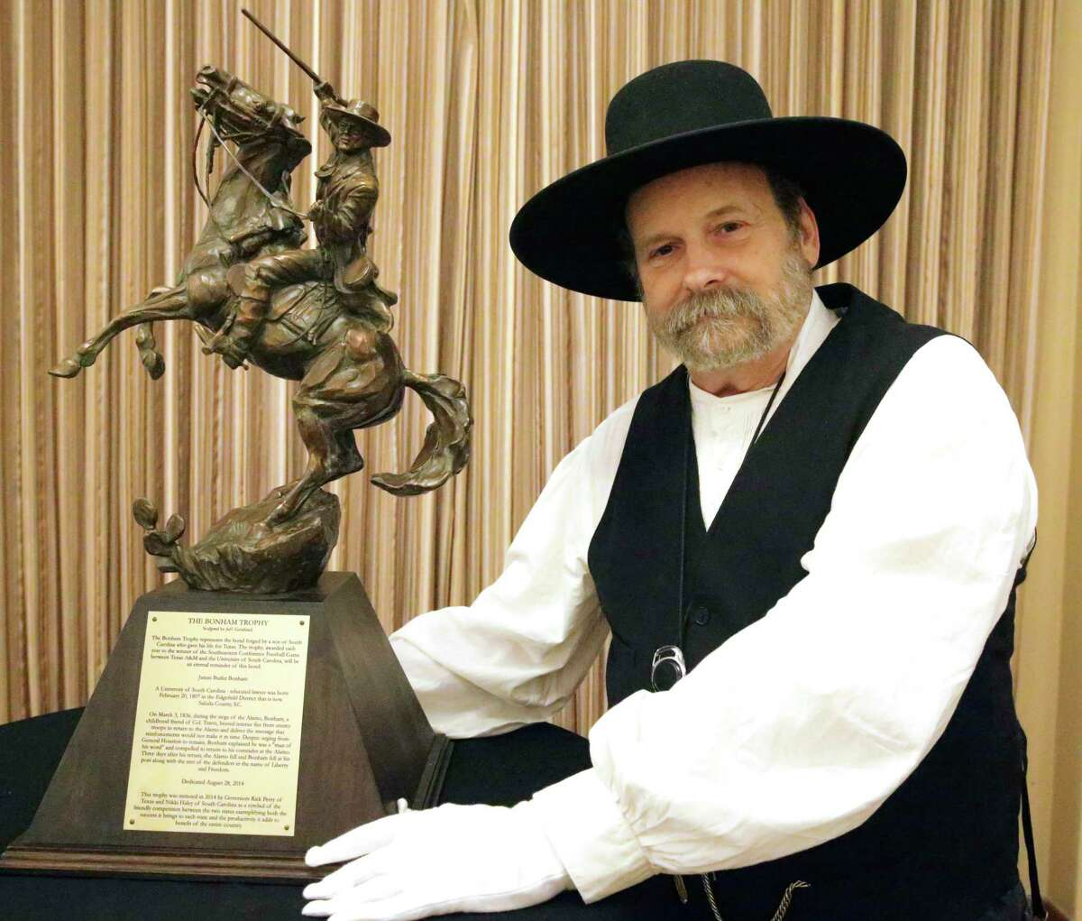 Bruce Winders, former historian and curator at the Alamo, will be one of two primary speakers examining the details and legacy of the 1836 battle in a panel discussion Tuesday.
