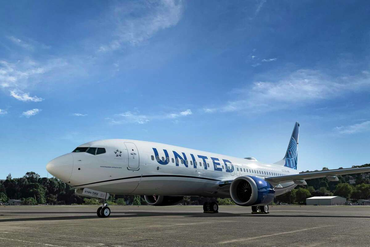 United Airlines is buying 270 new planes to expand its domestic flight capacity.