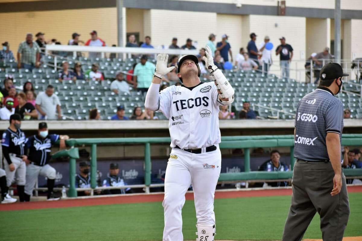 Balbino Fuenmayor and the Tecolotes Dos Laredos ended the first half of the Mexican Baseball League regular season at 16-16, good for fifth in the Northern Division.