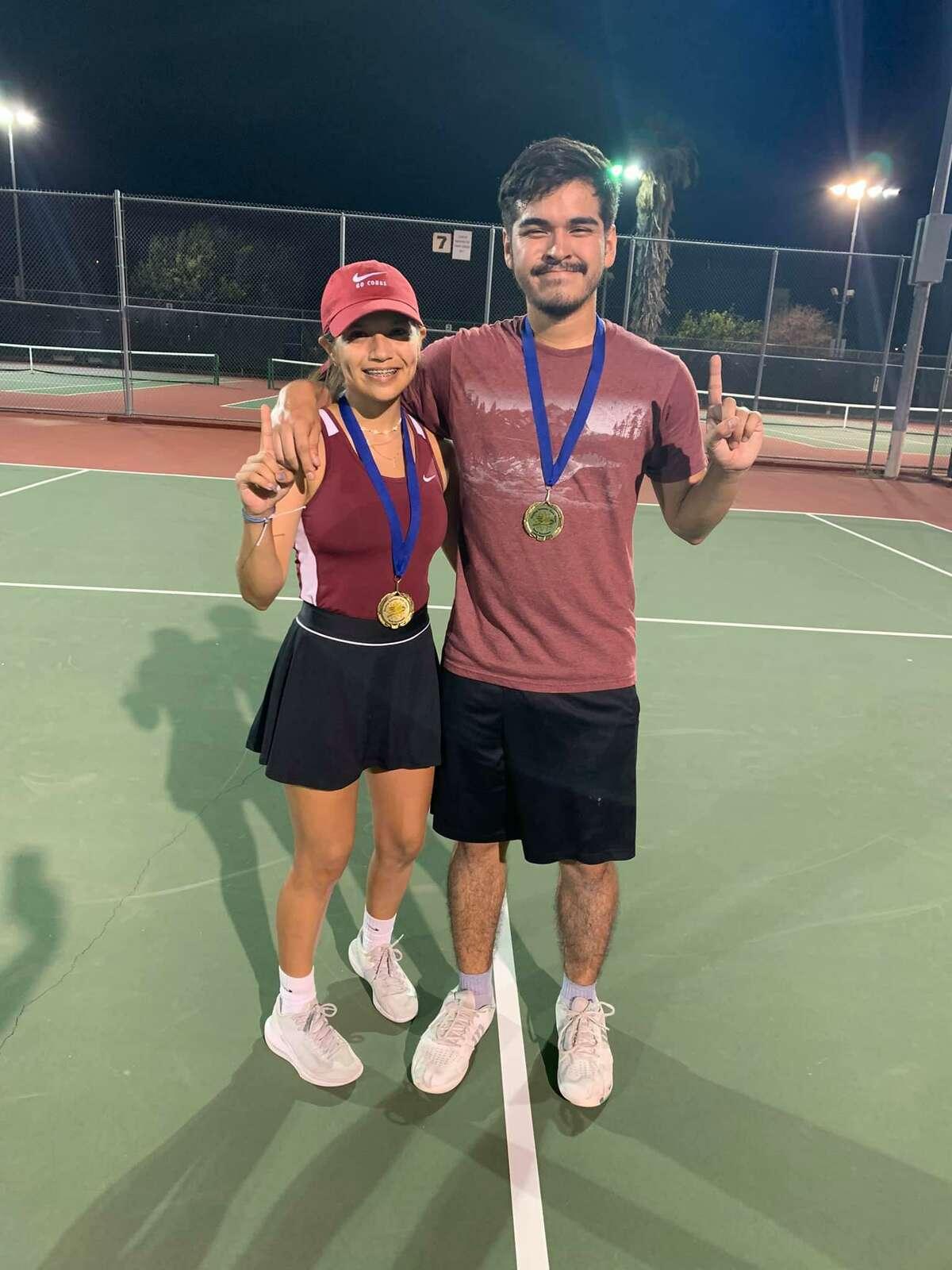 Mixed Open Doubles Champions Jocelynn Arellano and Jerry Beltran