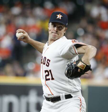 Houston Astros starting pitcher Zack Greinke (21) pitches during the first inning of an MLB baseball game at Minute Maid Park, Monday, June 28, 2021, in Houston. Photo: Karen Warren/Staff Photographer / @2021 Houston Chronicle