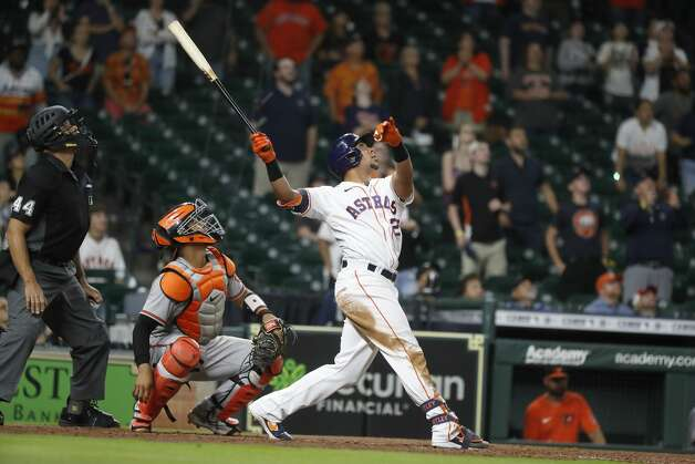 Houston Astros Michael Brantley (23) flies out to end the ninth inning of an MLB baseball game at Minute Maid Park, Monday, June 28, 2021, in Houston. Photo: Karen Warren/Staff Photographer / @2021 Houston Chronicle