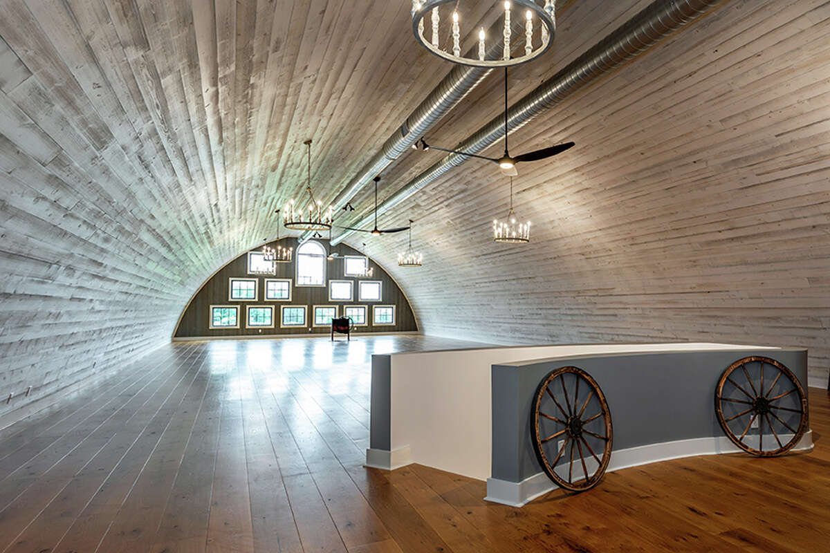 There is a 6,912-square-foot semi-finished loft spacewhich can be used as an artist studio or in-law residence. View listing
