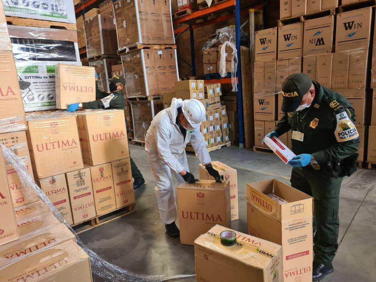 Record seizure in Colombia mid-2020 in Bogota, Chinese cigarettes.