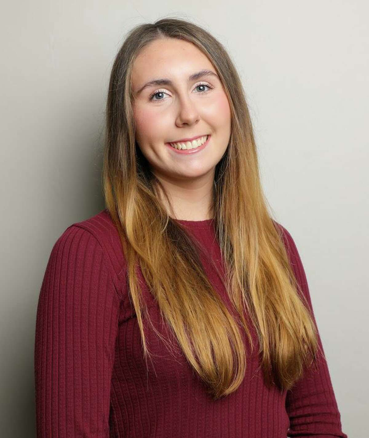 The Accounting Scholarship Foundation of the Connecticut Society of Certified Public Accountants presented Fairfield University student Bria Hemphill of Middletown with a Rising Sophomore Accounting Scholarship.