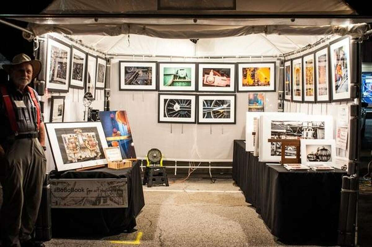 Scenes from a previous Edwardsville Arts Fair.