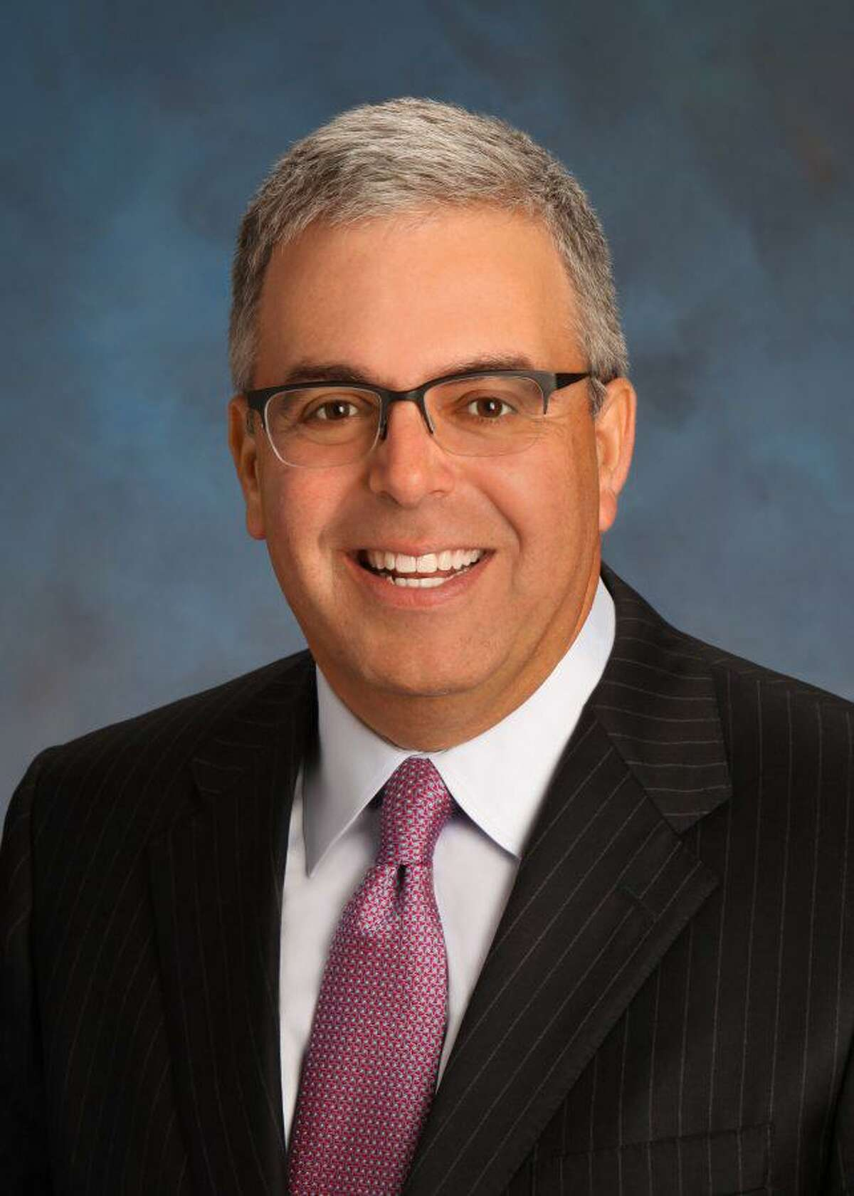 Sam L. Susser chairs Susser Bank, a North Texas institution that has expanded into San Antonio.