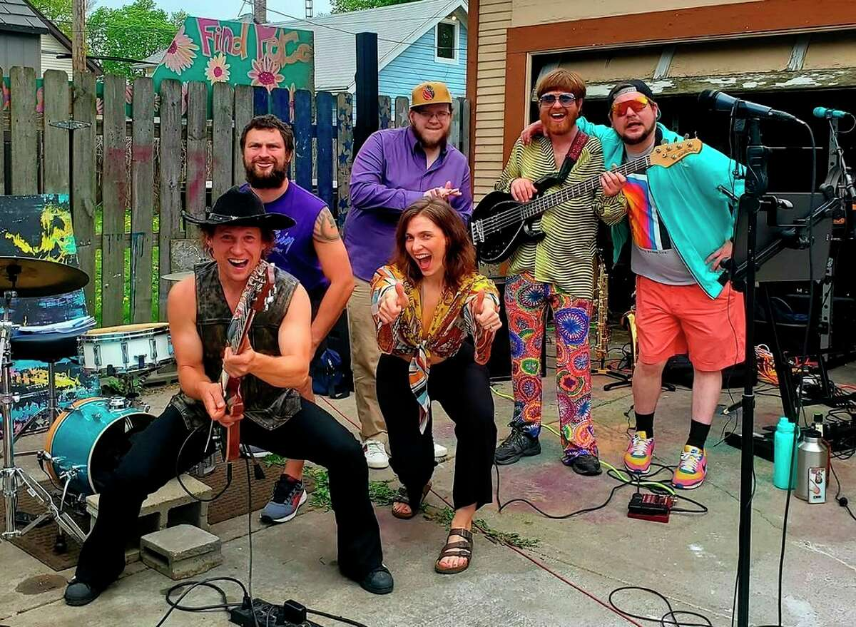 Tell Yo Mama will perform from 7-9:15 p.m. on Tuesday at the First Street Beach Rotary Gazebo as part of theManistee Shoreline Showcase. (Courtesy photo)