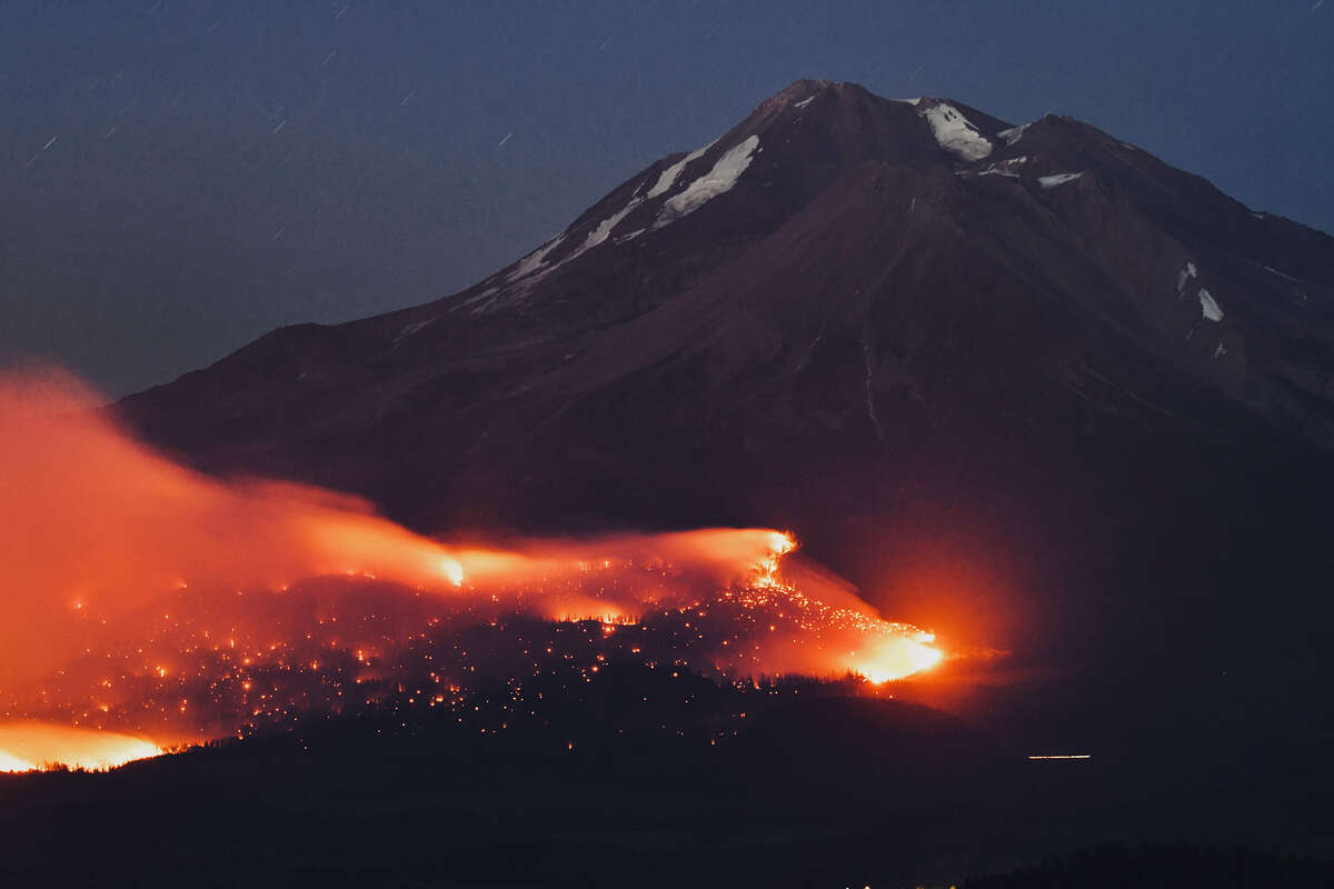 Lava Fire is pushed by high winds June 29, 2021.
