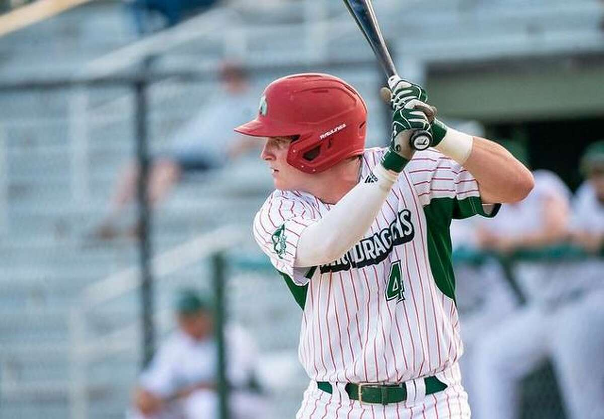 Alton River Dragons shortstop David Harris clouted a solo home run in the fourth inning, but Alton dropped an 8-4 Prospect League decision to the Burlington Bees Tuesday night in Burlington, Iowa. Harris, from Mount Olive, Ala., plays at the University of Alabama Birmingham.