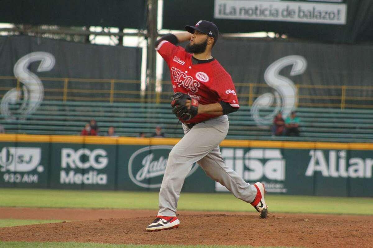 Richelson Pena and the Tecolotes Dos Laredos fell to the Saraperos de Saltillo on Wednesday.