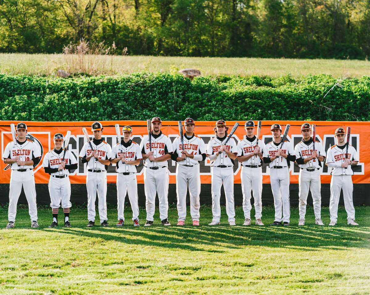 Shelton's seniors led the way for coach Scott Gura. Connor Jensen, Ben Van Tine, Walker Toth, Tommy Peters, Shawn Smith, Anthony Steele, Spencer Keith, Max McLoughlin, Tommy Connery, Will Berardi and John Riccio helped the Gaels qualify for the Class LL state tournament.