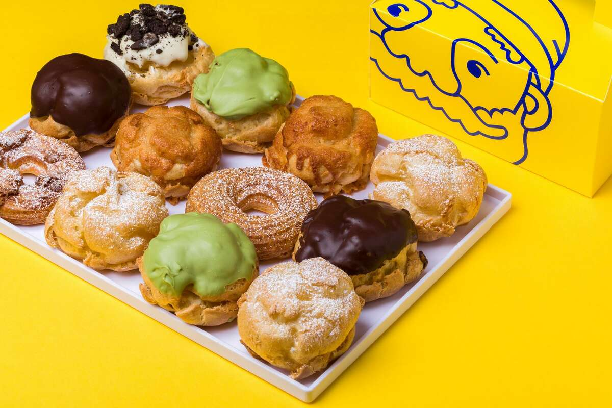 Beard Papa's pastry shop held a grand opening on May 29 in Pearland. It specializes in customized cream puffs and includes an extended menu offering cheesecakes, chocolate fondant and drinks.