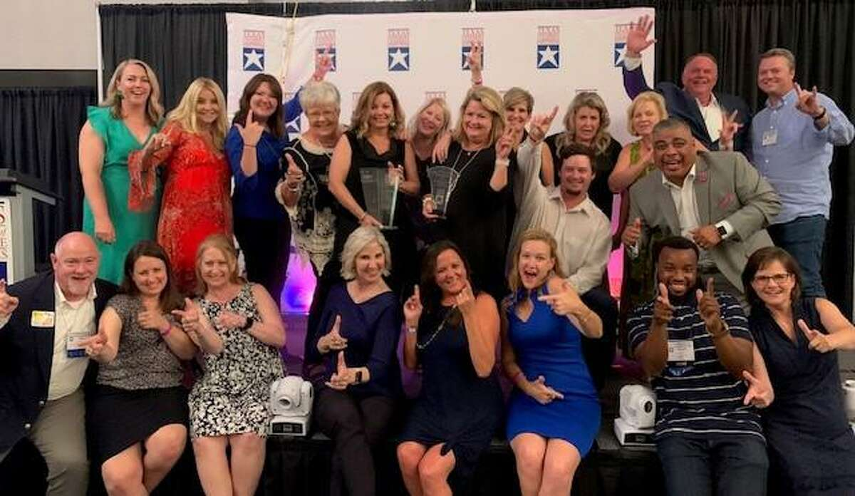 Schmidt received the award at the Texas Chamber of Commerce Executives' annual conference in South Padre Island, on June 24.