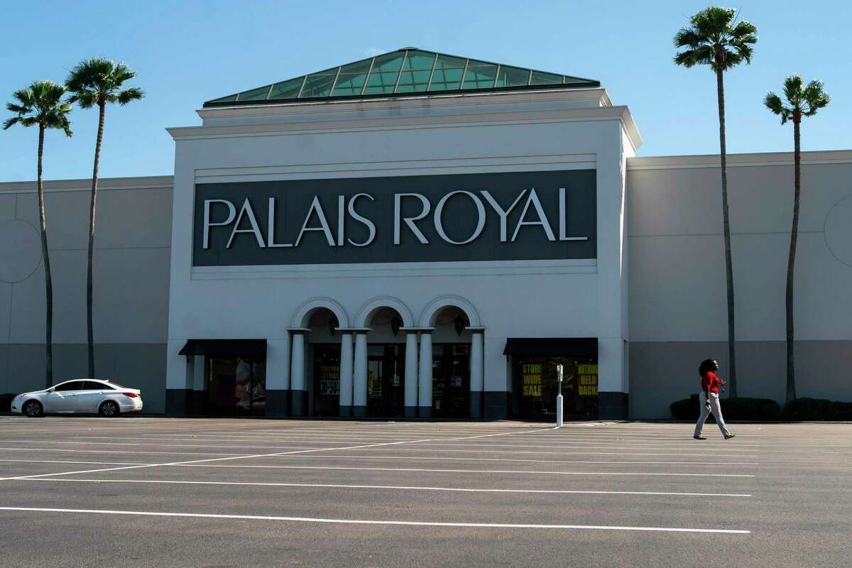 A Palais Royal store sits closed in a Meyerland shopping center, Tuesday, March 31, 2020, in Houston. Going into the pandemic, investors were nervous to purchase retail because it was unclear which tenants may go bankrupt, said Ryan West. Now that investor interest has returned.