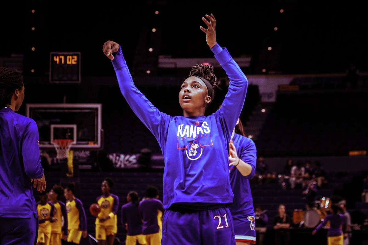 Brooklyn Mitchell has joined the Lamar University women's basketball team after transferring from Kansas.