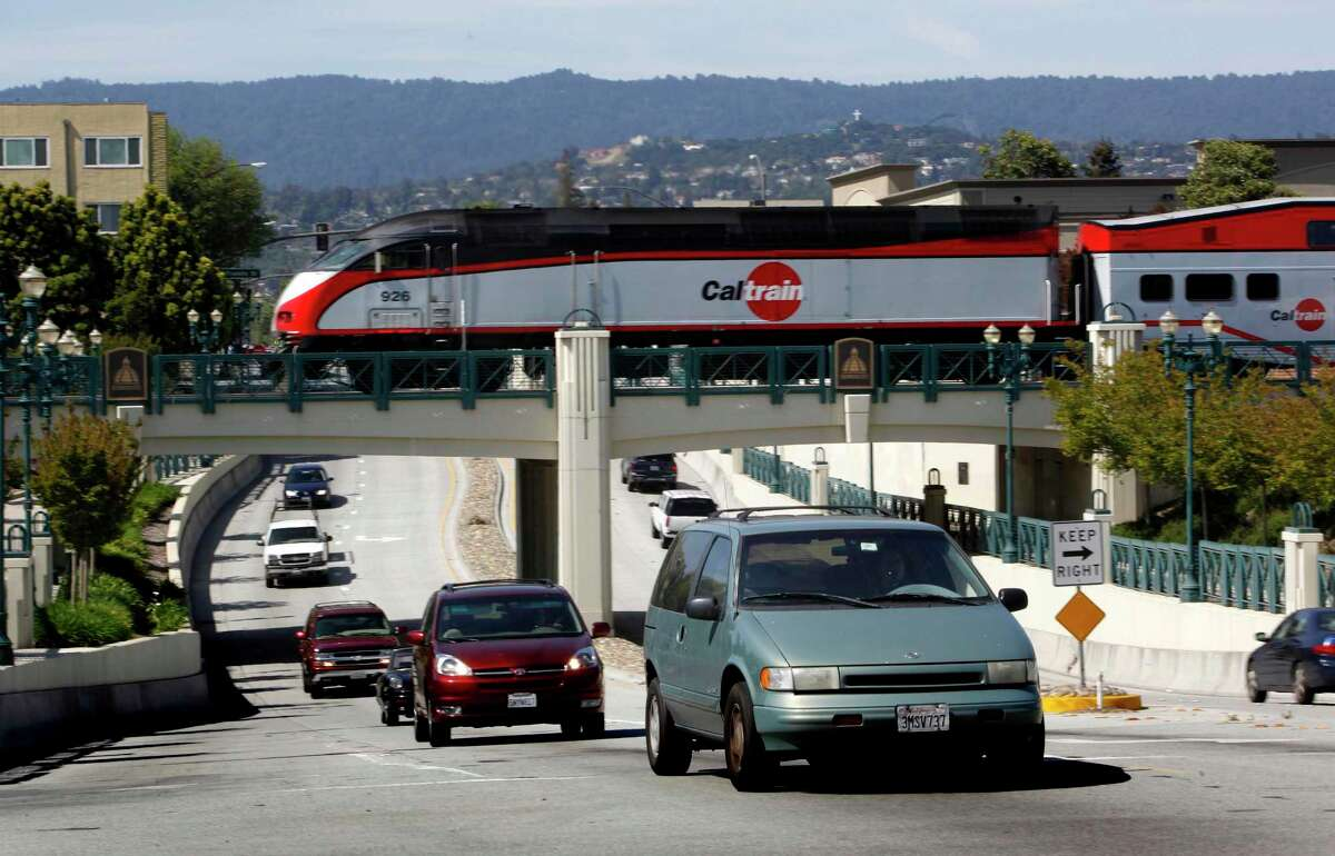 A CalTrain crosses Jefferson Avenue in Redwood City, Calif. on Wednesday April 29, 2009. Op-ed author John Pimentel argues that the California High-Speed Rail Authority's funds should be reallocated to regional transit systems, like CalTrain.