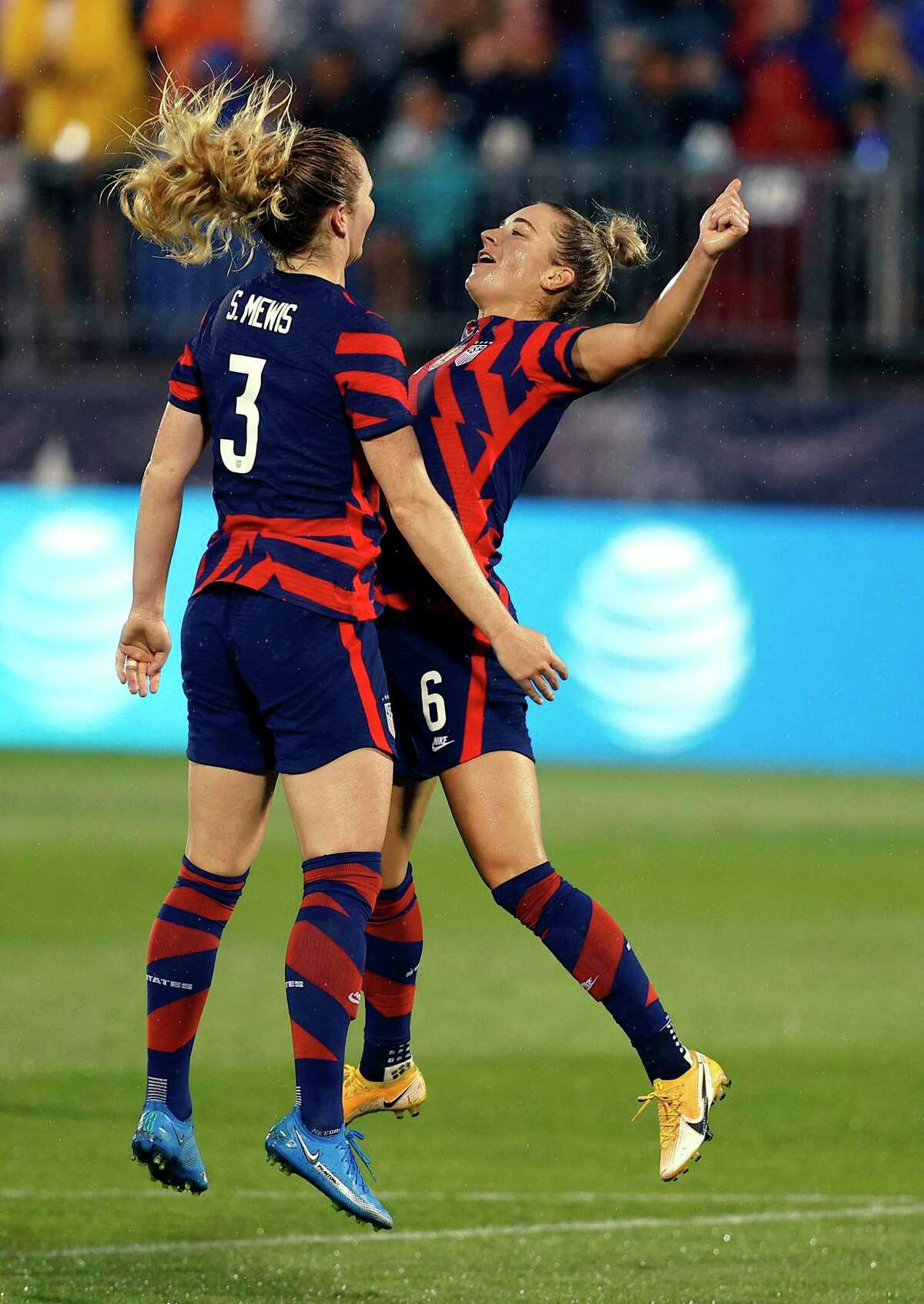 EAST HARTFORD, CONNECTICUT - JULY 01: Samantha Mewis #3 of the United States celebrates with Kristie Mewis #6 after scoring a goal against Mexico at Rentschler Field on July 01, 2021 in East Hartford, Connecticut. (Photo by Maddie Meyer/Getty Images)