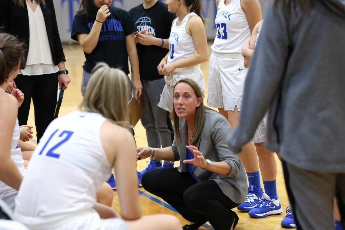 New Union College women's basketball coach Katie Marcella instructs her players at Hartwick, where she compiled a 71-58 record over the past six years.