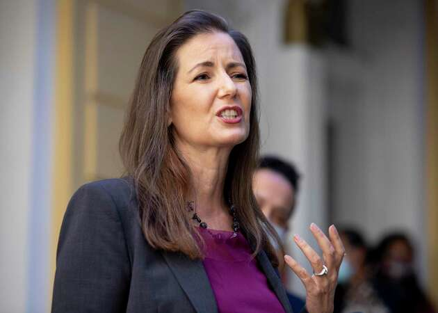 Story photo for Oakland Mayor Schaaf lashes out at City Council members over police funding debate