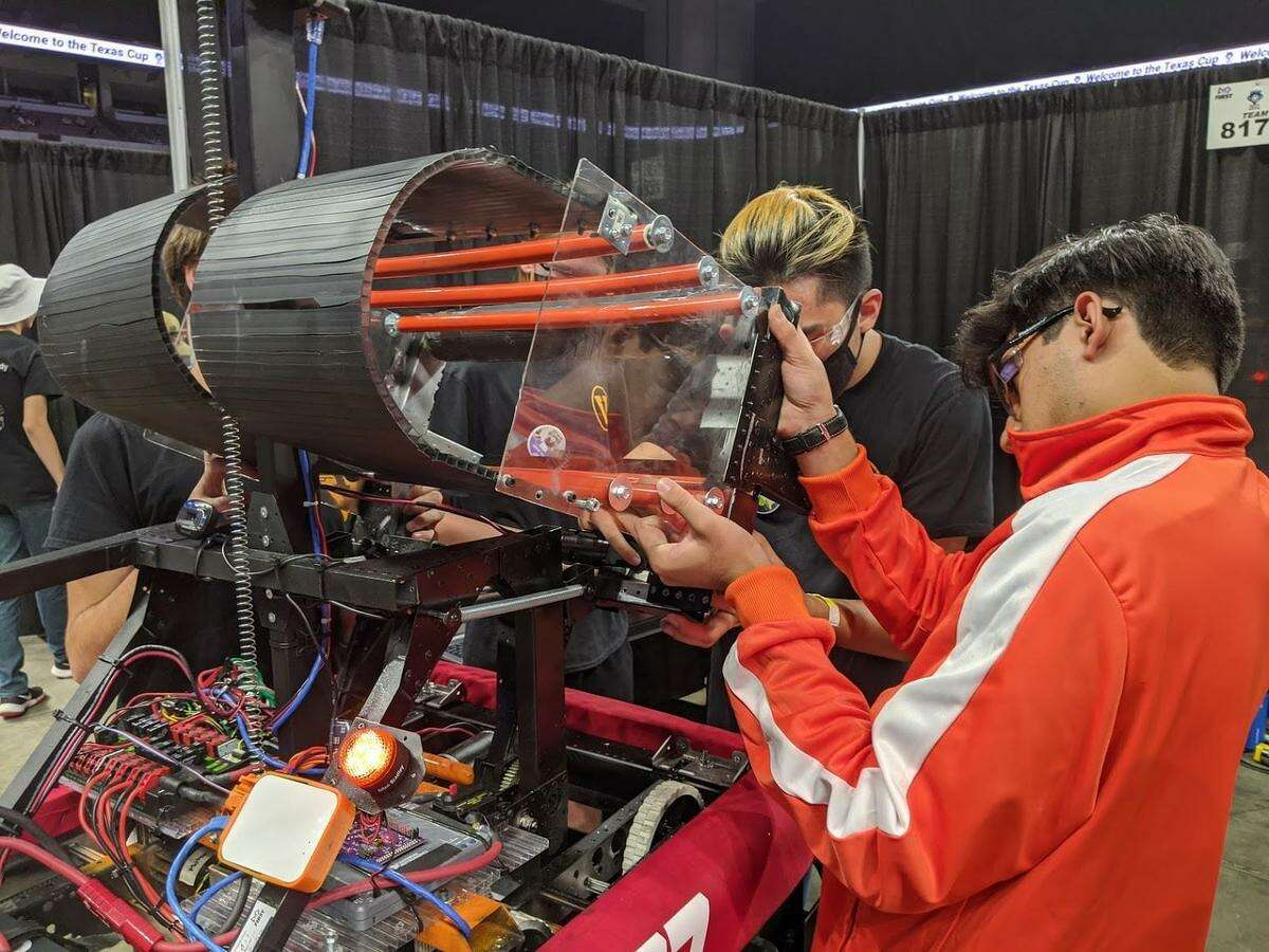 Tomball Memorial High School's robotics club placed fourth in The Texas Cup, June 15-17, at the Alamodome in San Antonio, Tomball ISD announced in a news release.
