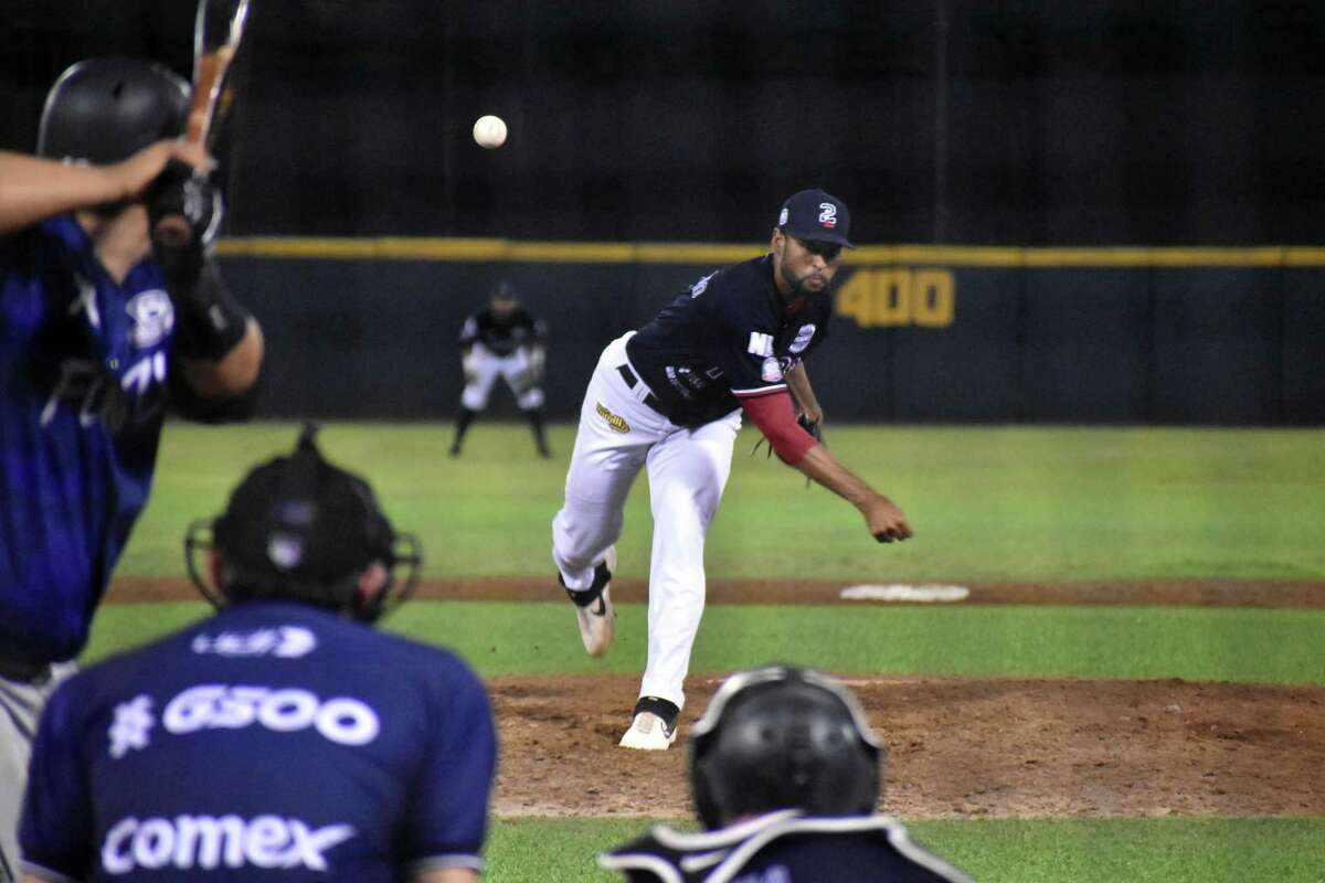 The Tecolotes Dos Laredos fell to the Acereros de Monclova in 10 innings on Friday.