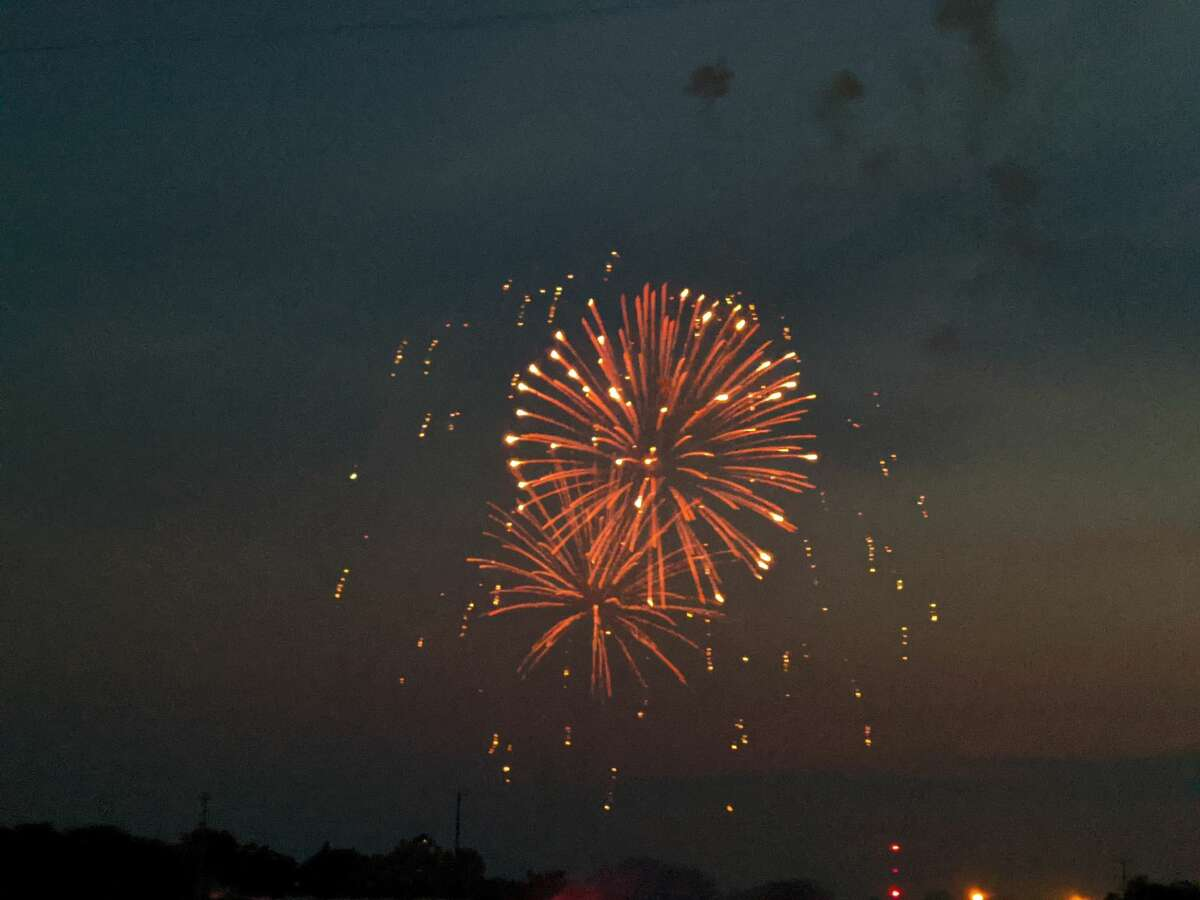 People filled Ross Lake Park and lined the streets on Sunday night to watch the annual Fourth of July fireworks hosted by the Beaverton Area Business Association. The show started at 10:15 p.m. and lasted about 45 minutes. Some watched the show from kayaks and boats on Ross Lake.