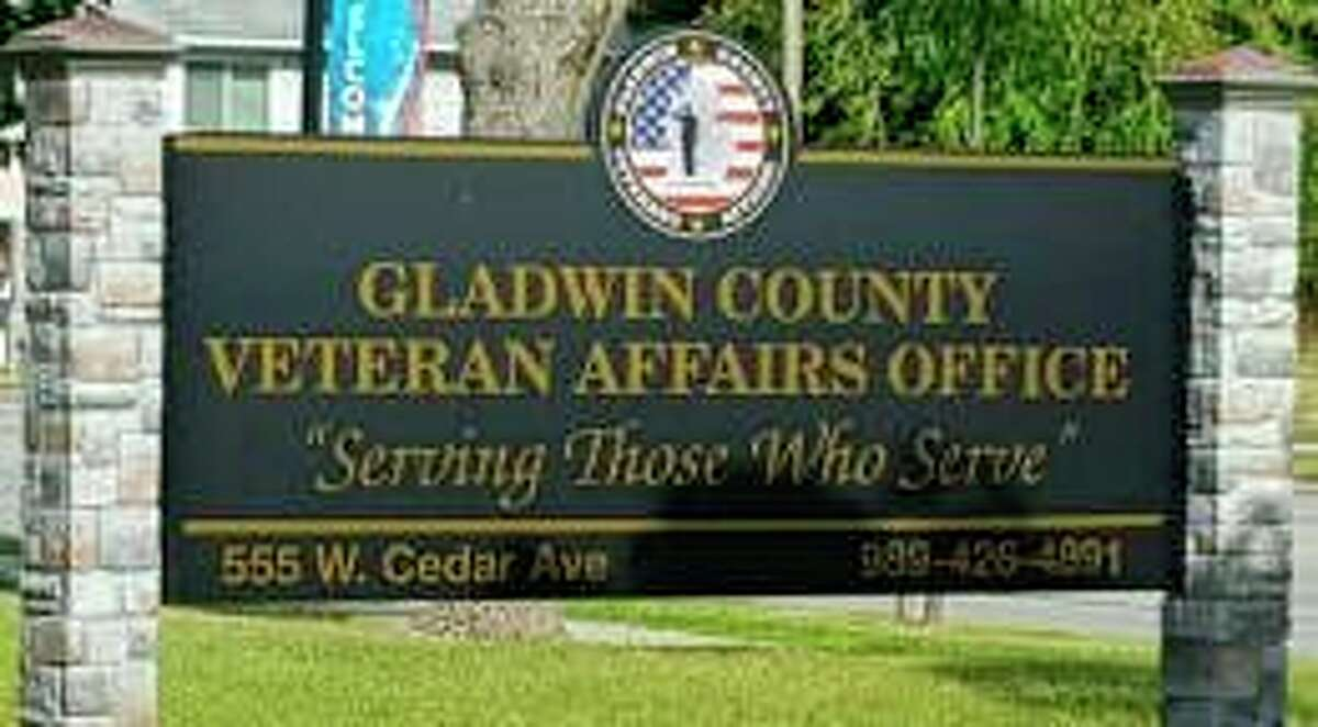 The Gladwin County Office of Veterans Affairs and the Gladwin County Veterans Affairs Committee will be displaying banners along the streets of Gladwin in November to honor local veterans and to raise money for theGladwin County Veterans Relief Fund and the Gladwin County Memorial Fund. (Gladwin County Veterans Facebook page)
