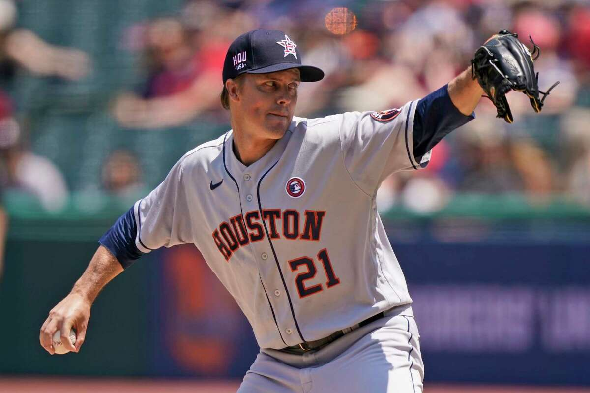 Zack Greinke turned in another strong start for the Astros on Sunday in Cleveland, working into the eighth inning.
