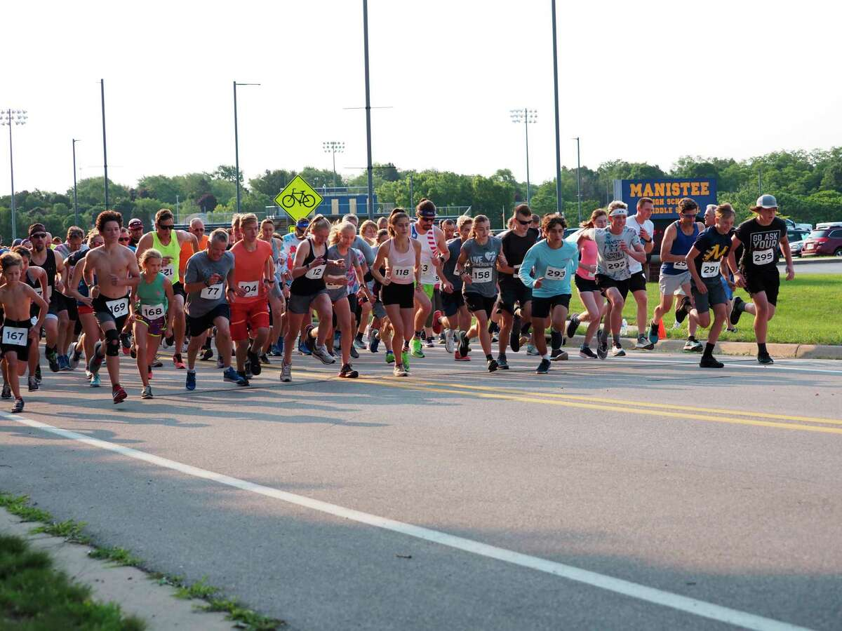 Runners get off and running at the start of the Firecracker 5K on July 3. (Courtesy photo/Megan McCarthy).