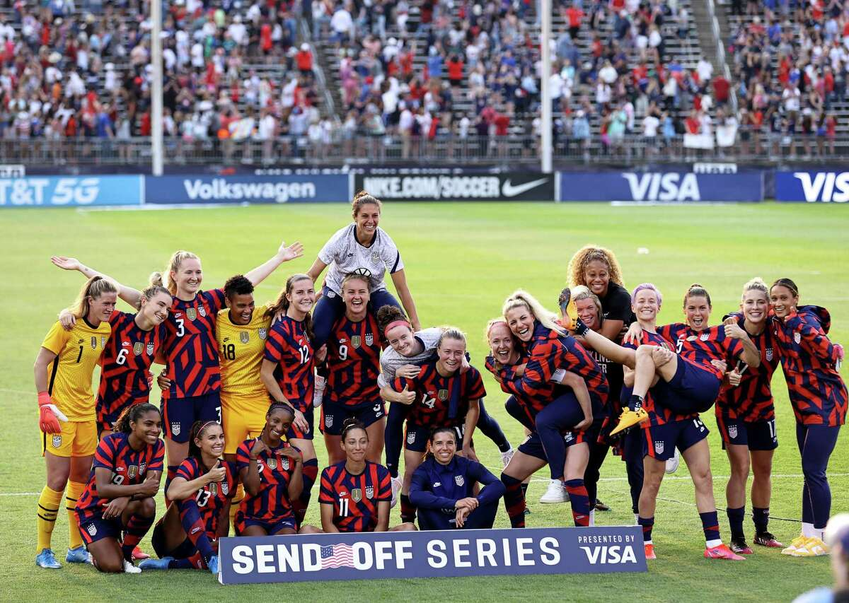 The United States Women's National Team poses for a picture after the Send Off series match against Mexico at Pratt & Whitney Stadium at Rentschler Field on July 05, 2021 in East Hartford, Connecticut. The United States defeated Mexico 4-0.