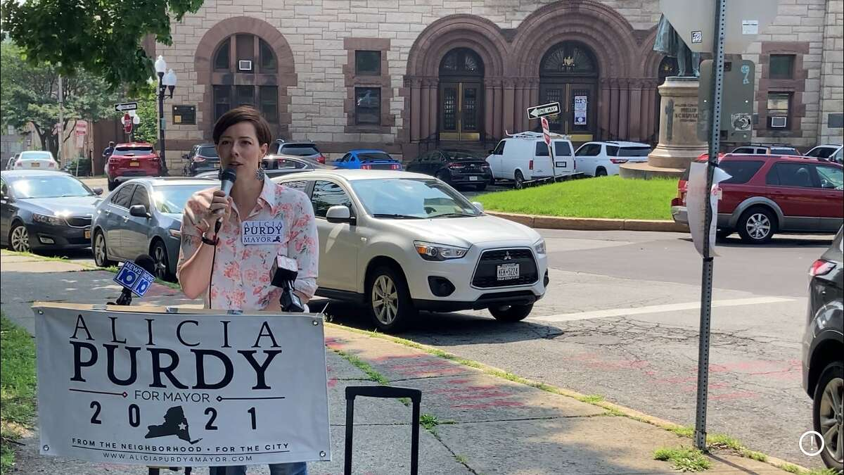 Alicia Purdy is running as the Republican candidate for mayor but unless you look closely, it's tough to tell.