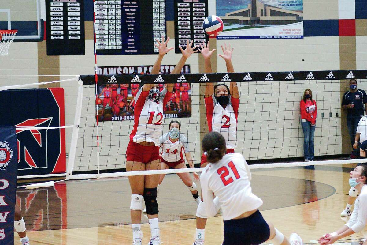Dawson's Ava Kennon (12) and Sydney Alexander (2) are among a wealth of returnees for the Lady Eagle volleyball team this season.