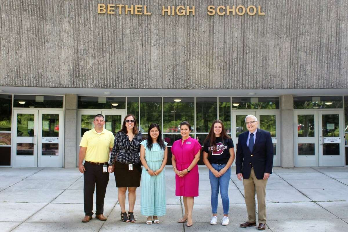 RVNAhealth recently announced the recipients of its 2021 Mary Edna Cargill Scholarships. The scholarships are awarded each year to Bethel residents who are enrolled in, or are pursuing, degrees in a health-related field. From left are Christopher Troetti (principal, Bethel High School), Christine Carver (superintendent, Bethel Schools), honoree Allison Rodriguez-Brown, Theresa Santoro (president and CEO, RVNAhealth), honoree Rachel Nelson and Stan Kessler (board of directors, RVNAhealth).