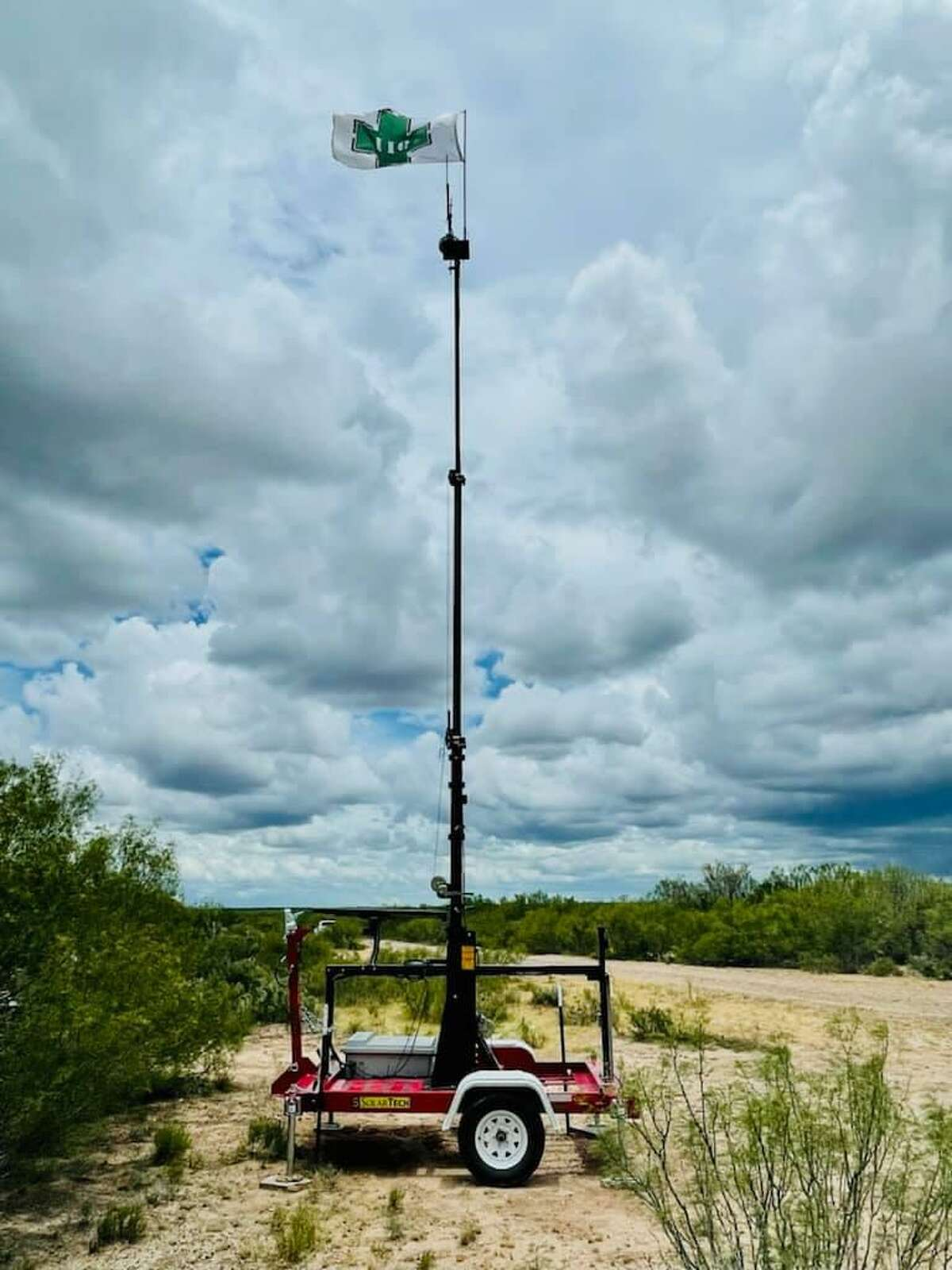 The U.S. Border Patrol stated that Laredo and Hebbronville received new Mobile Rescue Beacons to help agents find individuals who are lost along remote parts of the border.