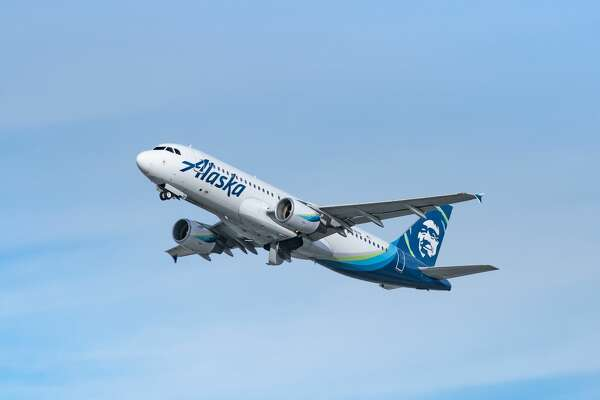 LOS ANGELES, CA - JANUARY 13: Alaska Airlines Airbus A320-214 takes off from Los Angeles international Airport on January 13, 2021 in Los Angeles, California. (Photo by AaronP/Bauer-Griffin/GC Images)