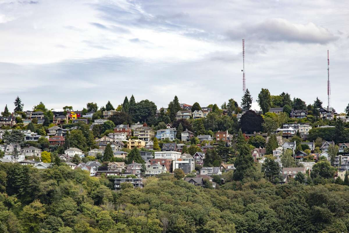 Residential area built up on a hillside in Seattle.