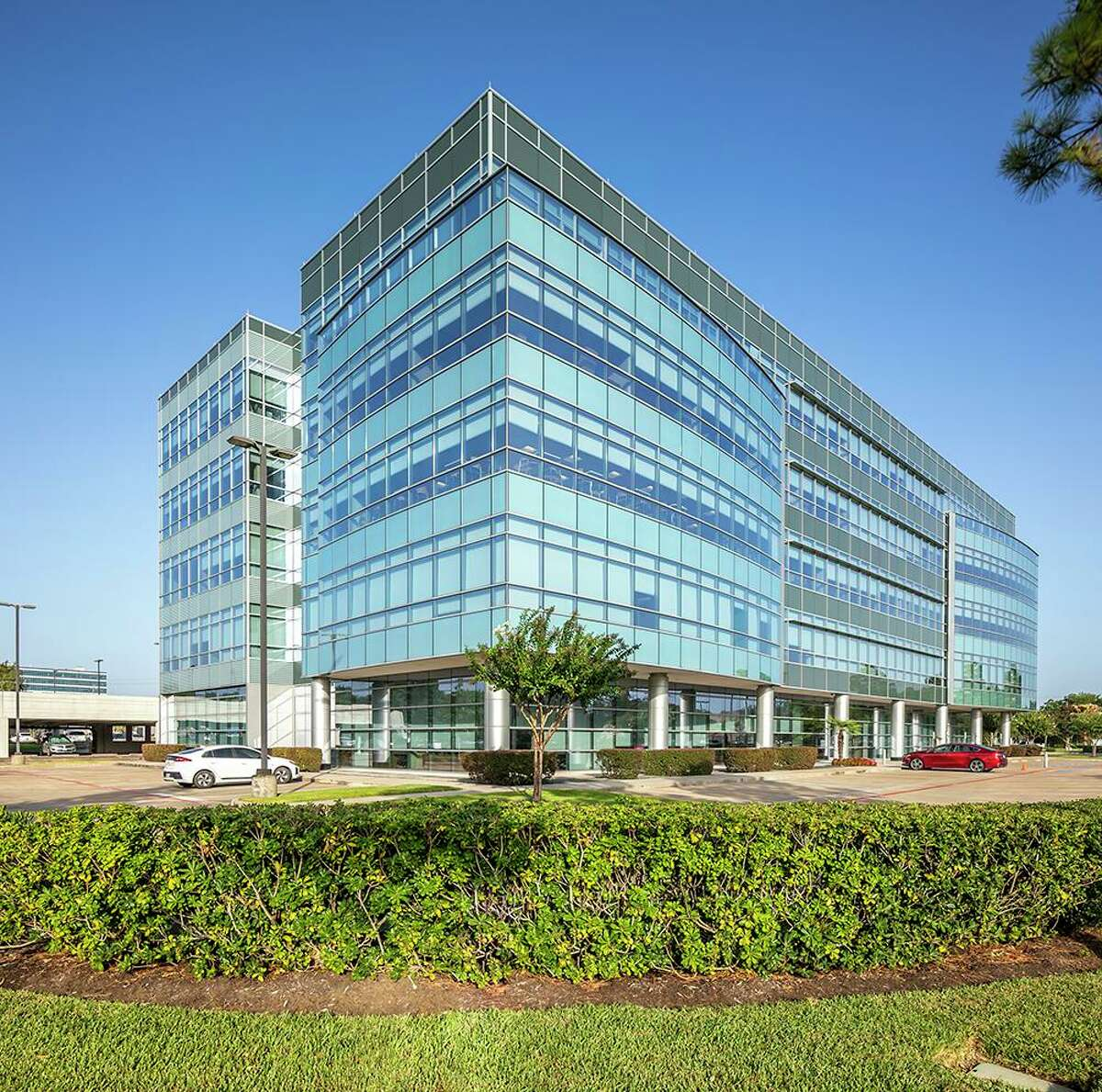 An investment group led by TRC Capital Partners purchased Galaxy II, a 106,168-square-foot office building at 455 East Medical Center Blvd. in Webster. JLL brokered the sale.