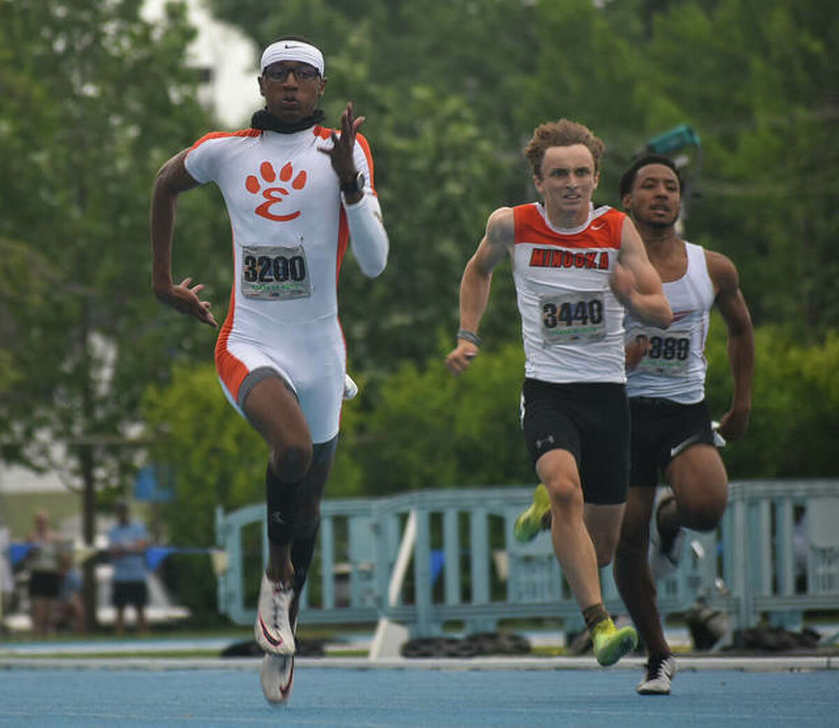 A three-time champion at the Illinois Class 3A state meet, Edwardsville's Brandon Battle is the Gatorade Illinois Boys Track & Field Player of the Year.