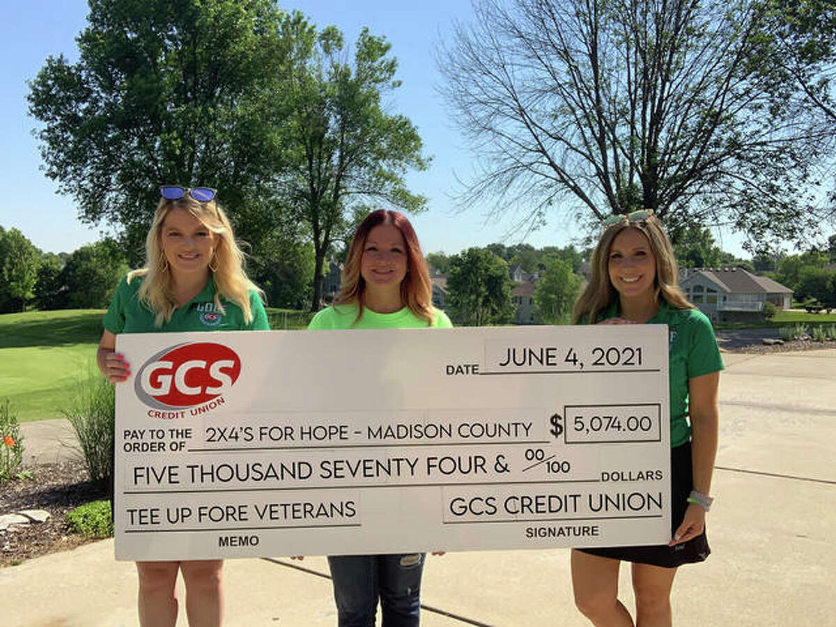 (L-R): Candice Greene, Jamie Waller, Lauren McGee of 2x4's for Hope - Madison County.
