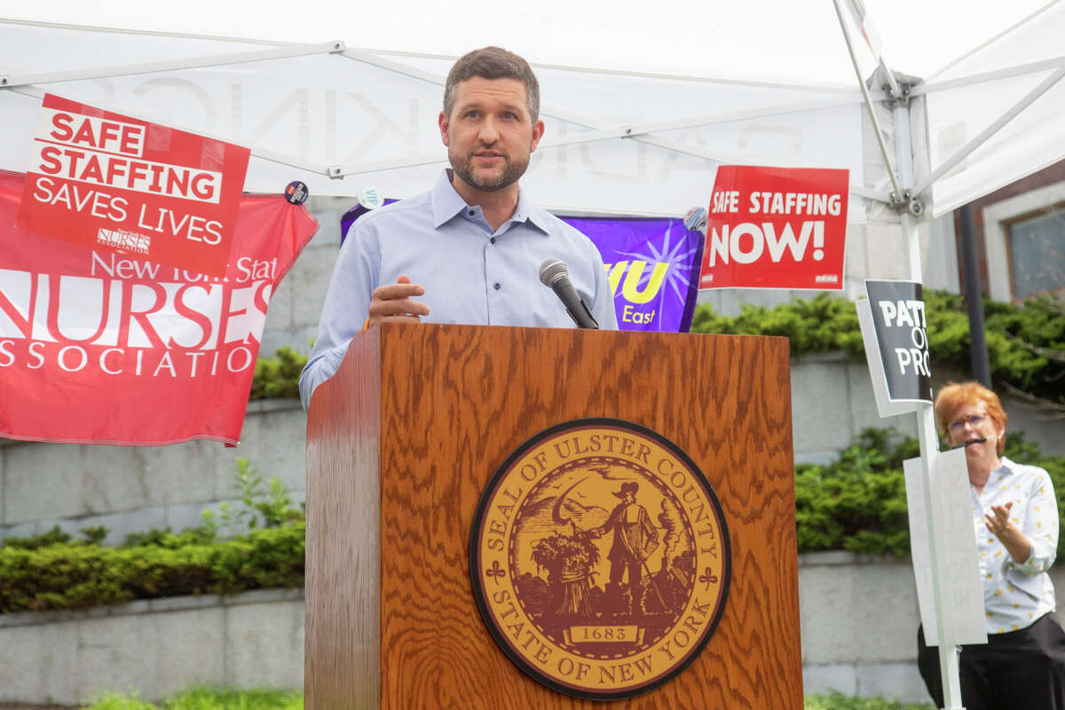 Ulster County Executive Pat Ryan joined New York State Nurses Association for a speak-out at Kingston City Hall yesterday, calling on HealthAlliance to return the county's only inpatient mental health and chemical dependency services.