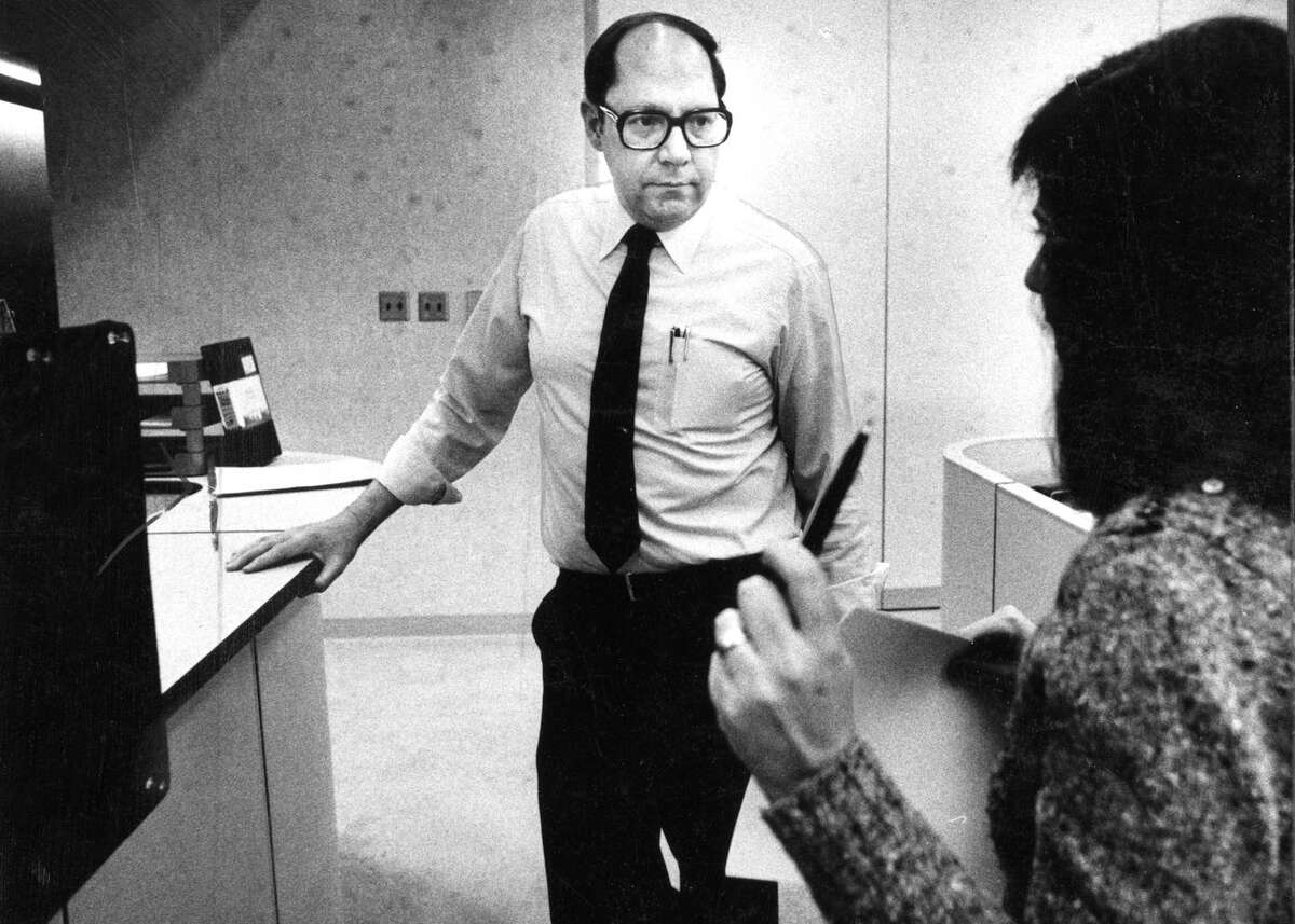 Fred Zehnder, the news director at KTVU for decades, died after being hit by a truck while walking in Alameda.