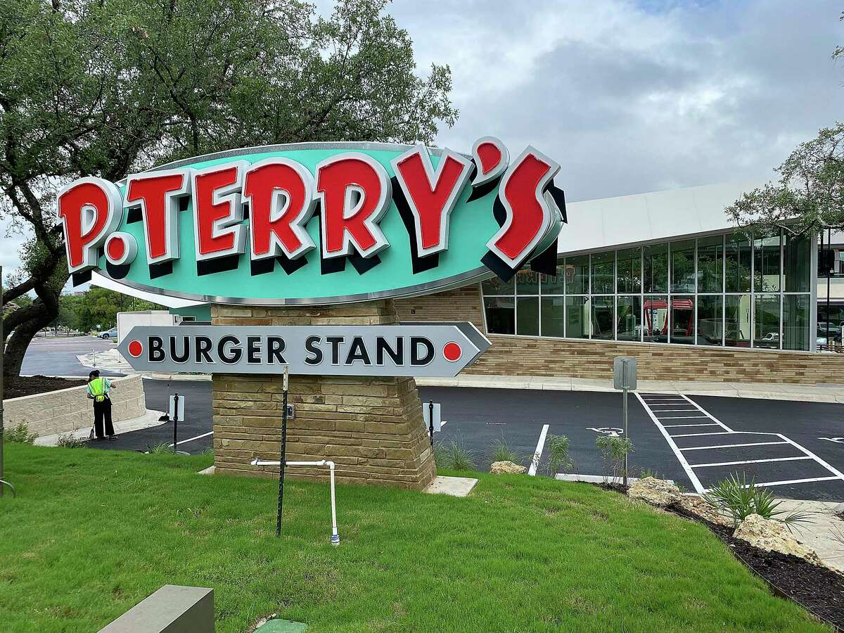 The popular Austin burger chain P. Terry's Burger Stand has opened its first San Antonio location, parking its ultramodern flying wedge with a double drive-thru on Wurzbach Road in the Medical Center area.