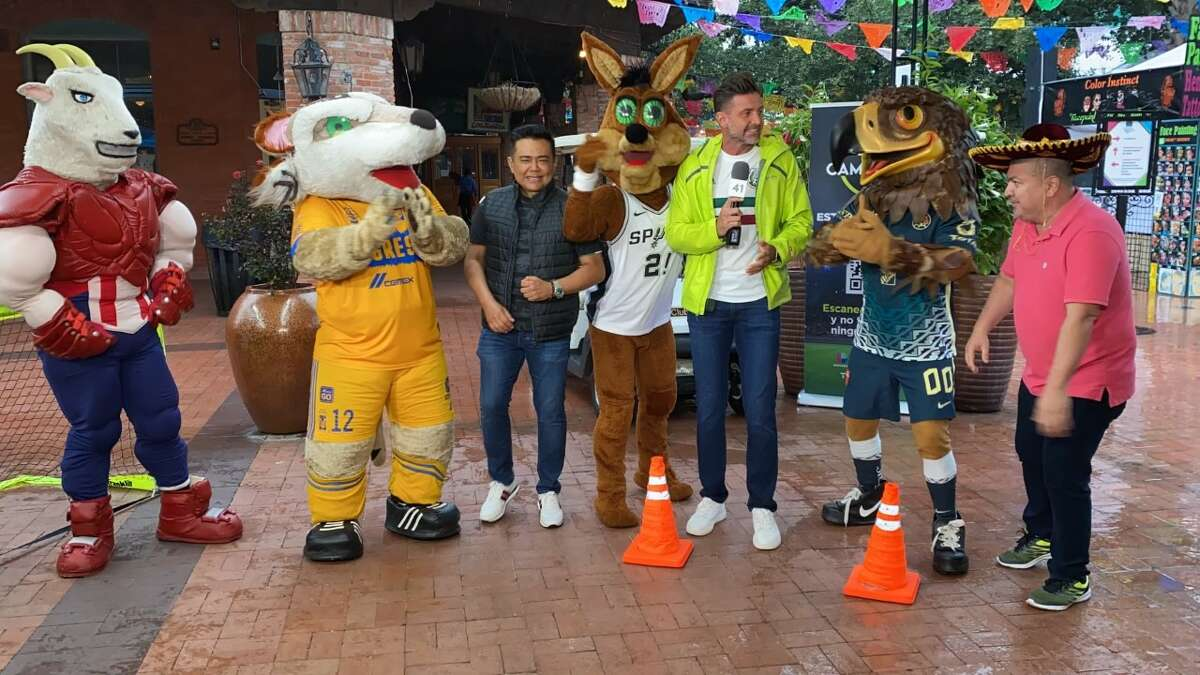 The furriest Spur was featured on the Univision morning show and on the radio with Raul Brindis to help promote the upcoming Pretemporada MX games at the Alamodome. He was joined by mascots for Club América, Tigres and Chivas.