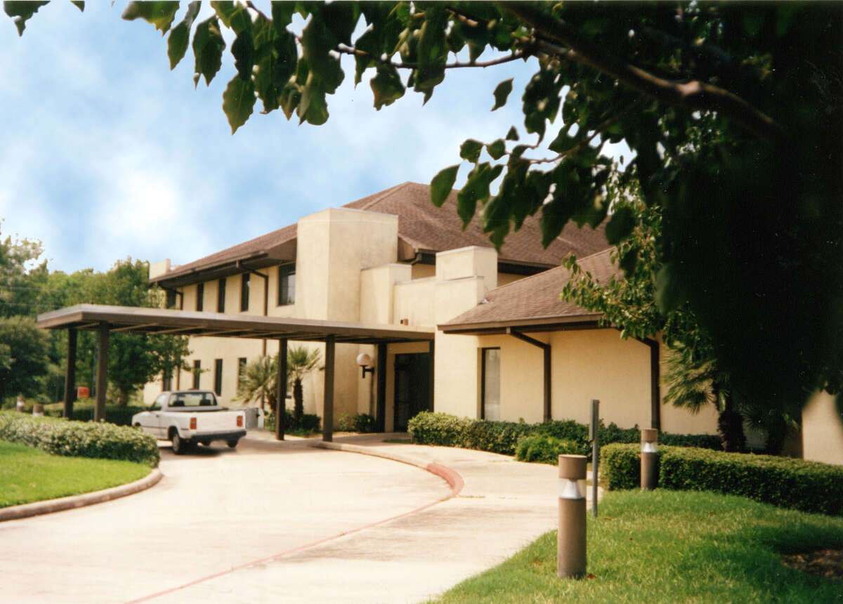 Krause Children's Center, a Katy area residential treatment center for girls in crisis, ages 12 to 17, will receive a much-needed remodel to the lobby area.